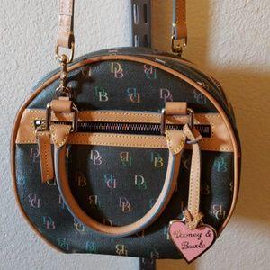 Dooney & Bourke Black/Gray Shoulder Bag & Hand Bag
